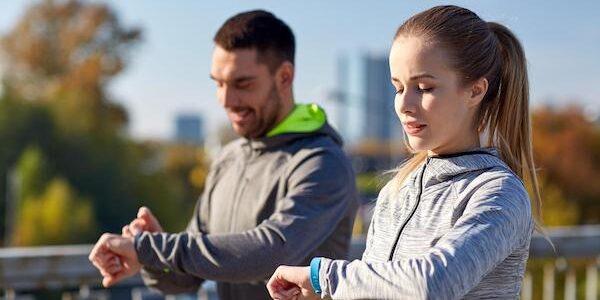 Plus de la moitié des foyers américains sont désormais équipés d'une smartwatch ou d'un tracker de fitness.